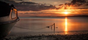 Dinghy_at_Sunrise_-_Port_Lincoln_-_South_Australia_(Explored)
